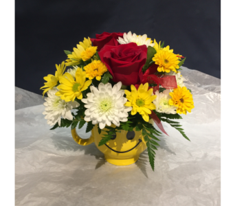 Red Rose Smiles in Markham ON, Freshland Flowers
