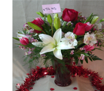 Passionate Love Bouquet in Freeport IL, Deininger Floral Shop