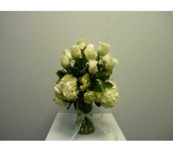 One Dozen White Roses with White Hydrangeas in Albertville AL, The Flower Market