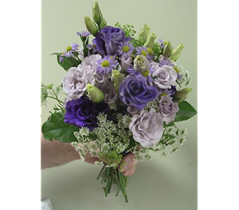Queen Anne Little Silver Bouquet  in Fairless Hills PA, Flowers By Jennie-Lynne