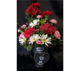 Buckets of Love in Fincastle VA, Cahoon's Florist and Gifts