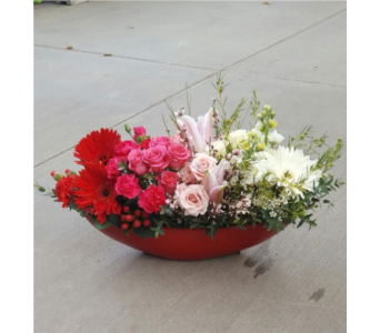 Red Ombre in Sioux Falls SD, Cliff Avenue Florist