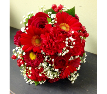 Ravaging Red  in Fairless Hills PA, Flowers By Jennie-Lynne