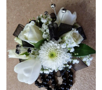 Mad About Moonstone in Fairless Hills PA, Flowers By Jennie-Lynne