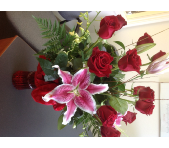CLASSIC ROMANCE-RED in Lafayette CO, Lafayette Florist, Gift shop & Garden Center