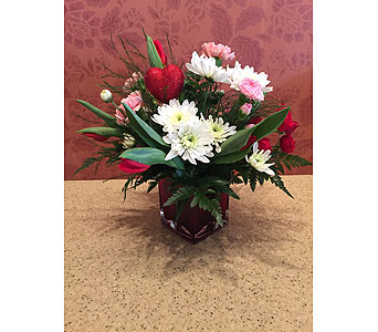 Valentine's Day Special 6 in Hellertown PA, Pondelek's Florist & Gifts