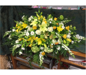 YELLOW AND WHITE CASKET SPRAY in Port Chester NY, Floral Fashions