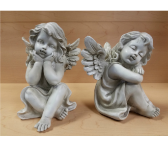 Sitting Cherubs in Moorhead MN, Country Greenery