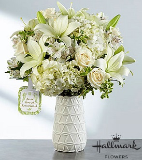 lThe FTD� Loved, Honored and Remembered� Bouquet b in Huntington IN, Town & Country Flowers & Gifts