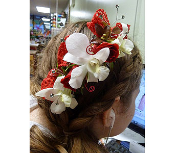 Swirling Lace Hairpiece in Fairless Hills PA, Flowers By Jennie-Lynne