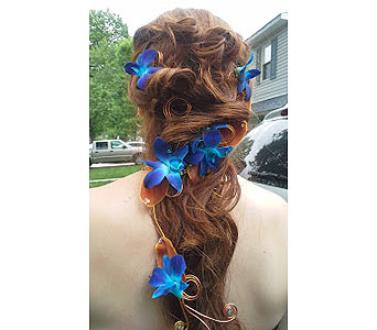 The Real Teal Deal Headpiece in Fairless Hills PA, Flowers By Jennie-Lynne