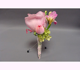 Boutonniere in San Diego CA, Mission Hills Florist