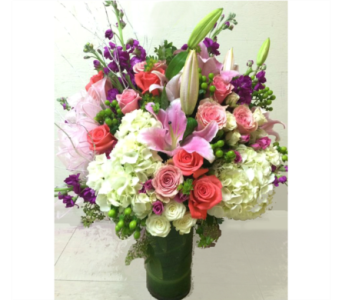 LAVISH GARDEN ARRANGEMENT in Arlington VA, Twin Towers Florist