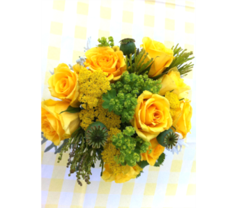 Gold Strike Bouquet in Columbia TN, Douglas White Florists