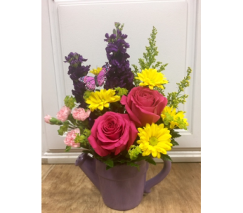 Spring Showers in Fargo ND, Dalbol Flowers & Gifts, Inc.