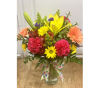 Springtime Delight in Fargo ND, Dalbol Flowers & Gifts, Inc.