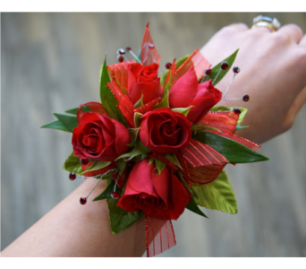 Sweetheart Corsage in Muskegon MI, Wasserman's Flower Shop