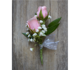 Sweet Rose Boutonniere in Muskegon MI, Wasserman's Flower Shop