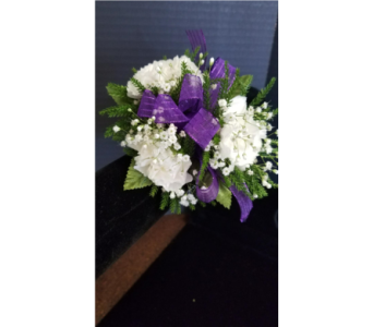 Mini Carnation Corsage  in Burnsville MN, Dakota Floral Inc.