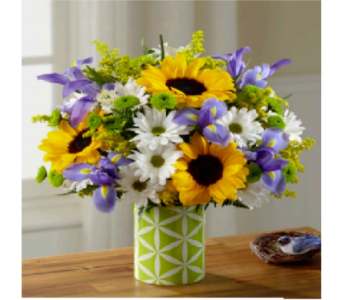 The FTD Sunflower Sweetness Bouquet in Murrells Inlet SC, Callas in the Inlet
