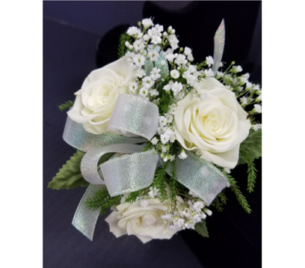 Sweetheart Rose Corsage in Burnsville MN, Dakota Floral Inc.