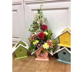 Birdhouse Blooms in Fargo ND, Dalbol Flowers & Gifts, Inc.