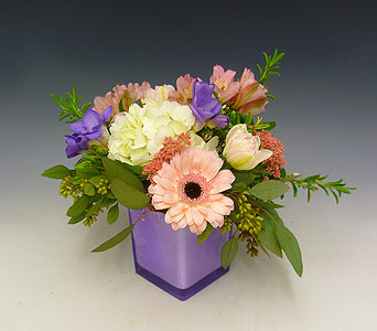 Sweet and Pink in Kirkland WA, Fena Flowers, Inc.
