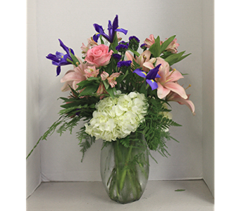 Mom's Garden Deluxe in Lewistown PA, Deihls' Flowers, Inc