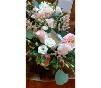 custom10 in Loudonville OH, Four Seasons Flowers & Gifts