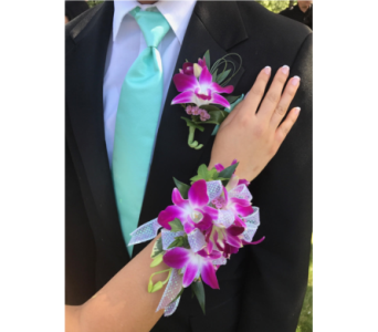 Mathcing Dendrobium Corsage & Boutonni�re in Somerset NJ, Flower Station