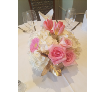 Pretty in Pink in King Of Prussia PA, Petals Florist