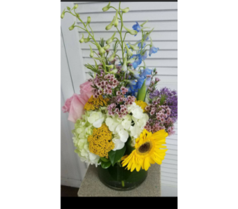 Spring Fling in King Of Prussia PA, Petals Florist