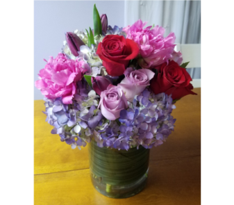 Summer Passion in King Of Prussia PA, Petals Florist
