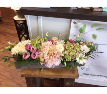 let us design with flower in season in Niagara On The Lake ON, Van Noort Florists