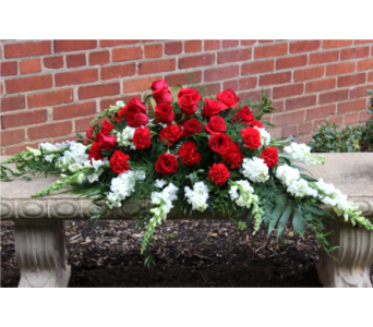 Red & White Remembrance in Winchester VA, Flowers By Snellings