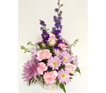 Monet Remembrance Basket Arrangement w/Pink Roses in Wyoming MI, Wyoming Stuyvesant Floral