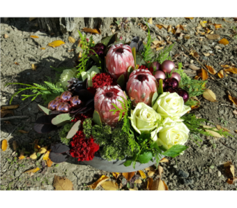 Modern Fall- Lush centerpiece in Swift Current SK, Smart Flowers