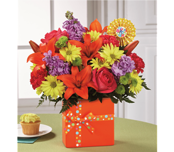 Set to Celebrate� Birthday Bouquet  in Chicago IL, Yera's Lake View Florist