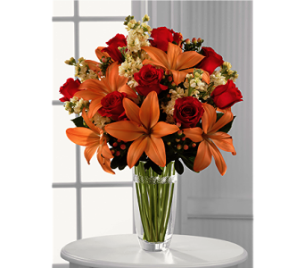 The Luxe Looks� Bouquet by Vera Wang in Chicago IL, Yera's Lake View Florist
