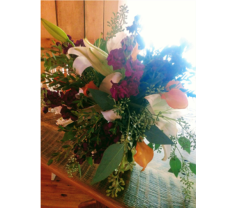 Wed11125 in Loudonville OH, Four Seasons Flowers & Gifts