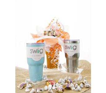 Swig Candy Bouquet 30 ounce  in Lebanon TN, Sunshine Flowers