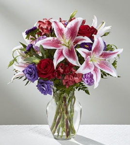 The Stunning Beauty™ Bouquet in Sapulpa OK, Neal & Jean's Flowers, Inc.