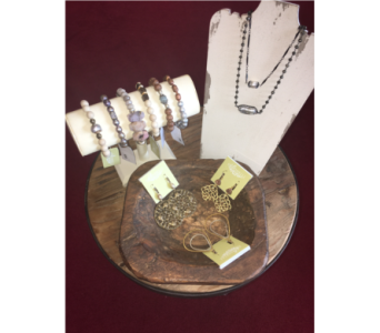 G. Spinelli Jewelry in Conway AR, Conways Classic Touch