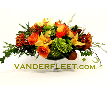 Sunrise Harvest Floral Centerpiece in Etobicoke ON, VANDERFLEET Flowers