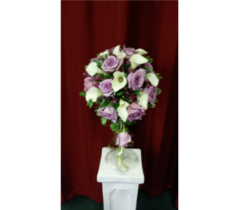 Lavender Roses, White Mini Callas Teardrop Bouquet in Freehold NJ, Especially For You Florist & Gift Shop