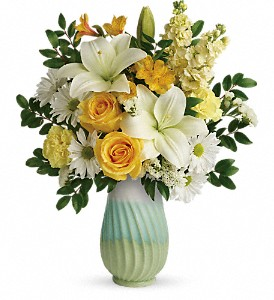 Teleflora's Art Of Spring Bouquet in Pearland TX, The Wyndow Box Florist