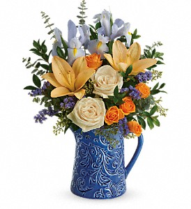 Teleflora's  Spring Beauty Bouquet in Austintown OH, Crystal Vase Florist