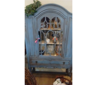 Beautiful Blue Hutch in Oshawa ON, Thimbleberry Lane