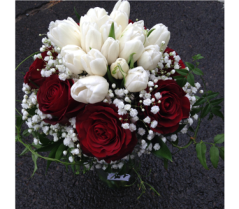 Valentine Ever After in Guilford CT, Guilford White House Florist