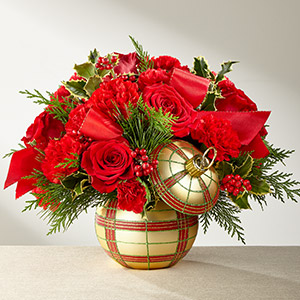 FTD Holiday Delights Bouquet 2017 in Corunna ON, LaPier's Flowers